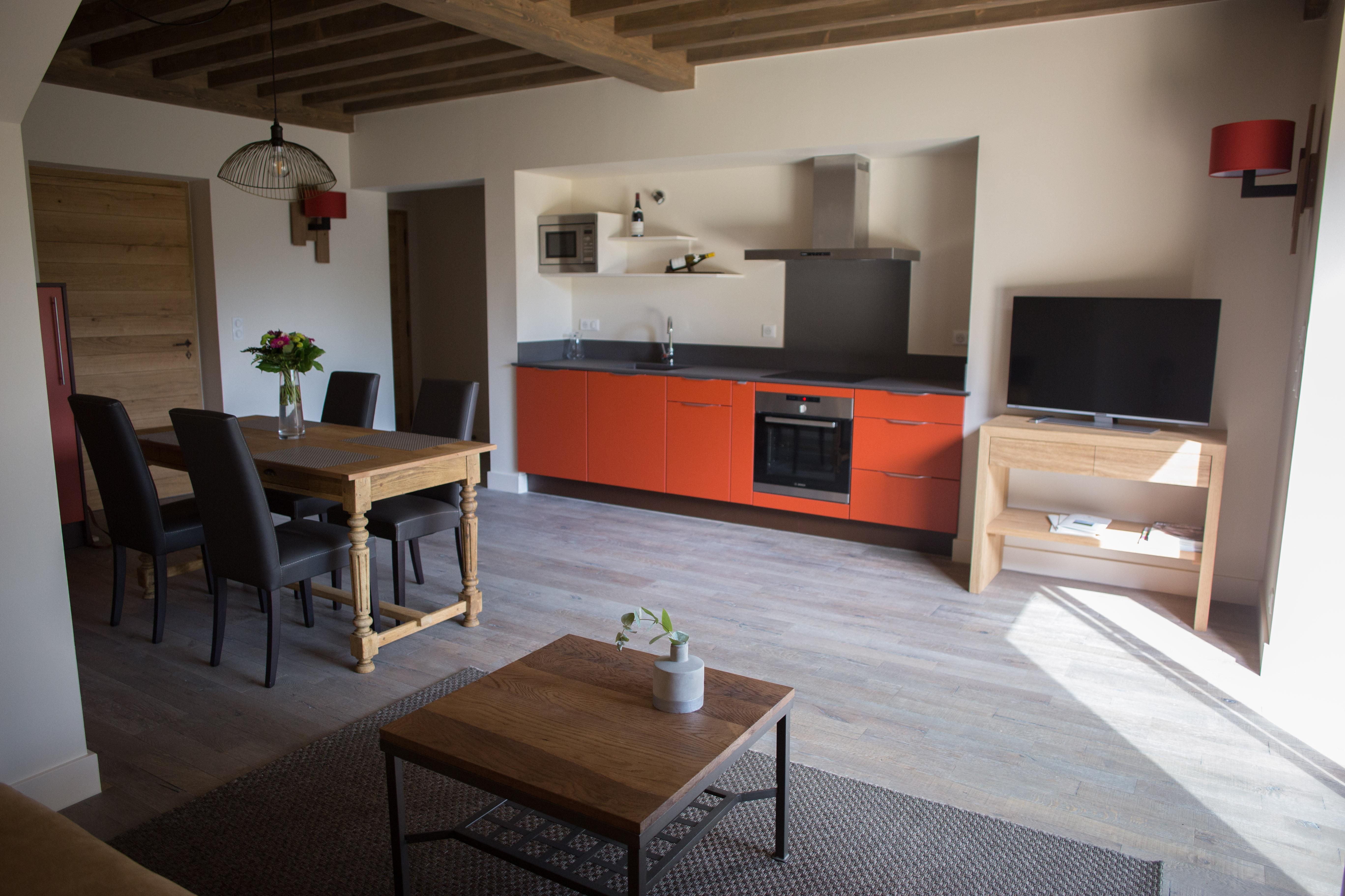 la grange aux ecureuils le grain de bl levernois beaune et le pays beaunois tourisme. Black Bedroom Furniture Sets. Home Design Ideas
